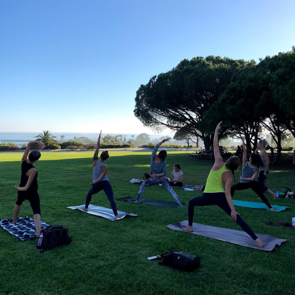 yoga-in-the-park2